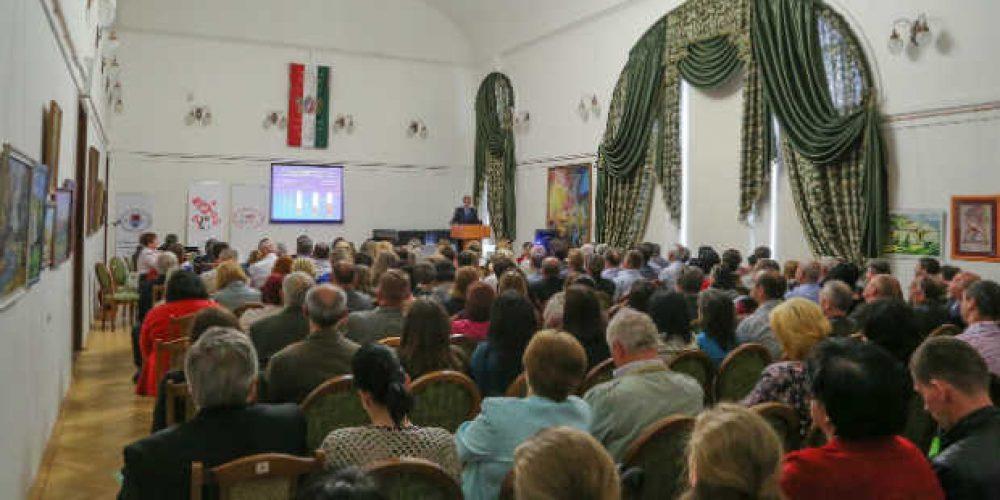 Orvoskonferencia a kárpátaljai egészségügyi helyzet javításáért